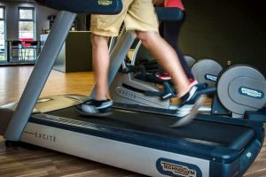 running-on-treadmill