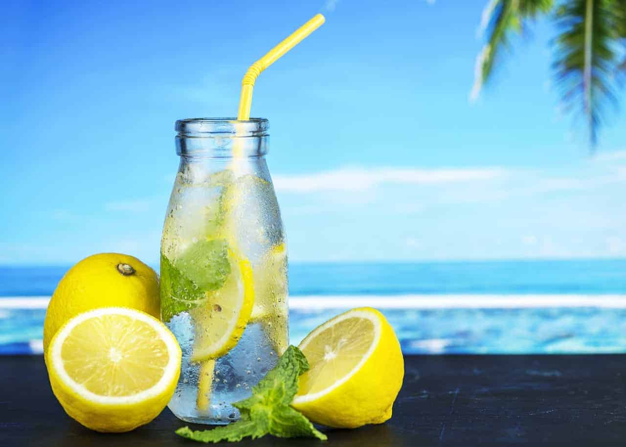 A glass of ice lemon water