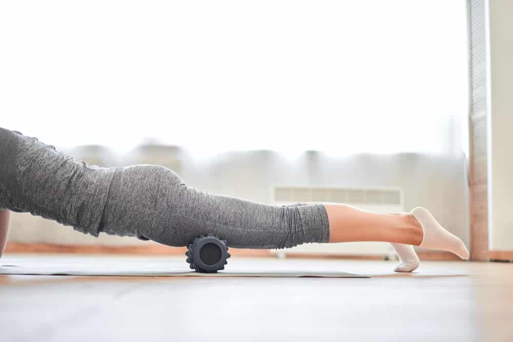 Health Constitution_Vibrating Foam Roller Exercise for the Quads