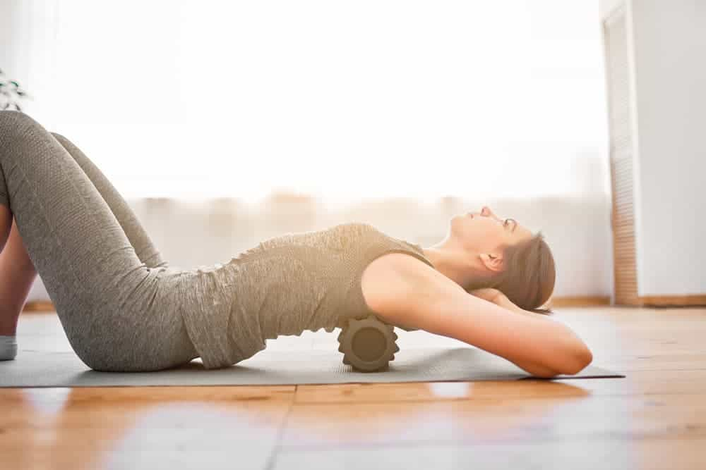 Health Constitution_Vibrating Foam Roller Exercise for the Upper Back