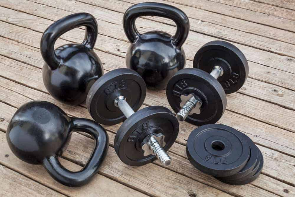 Health Constitution_Comparison between Kettlebell and Dumbbell Set